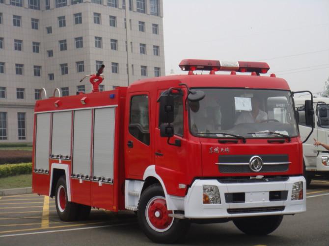 东风天锦泡沫消防车图片