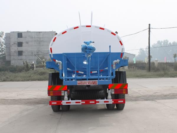 解放J6绿化喷洒车尾部图片