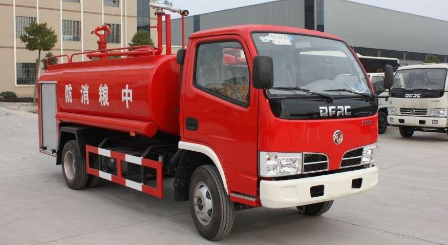 东风福瑞卡4吨消防洒水车