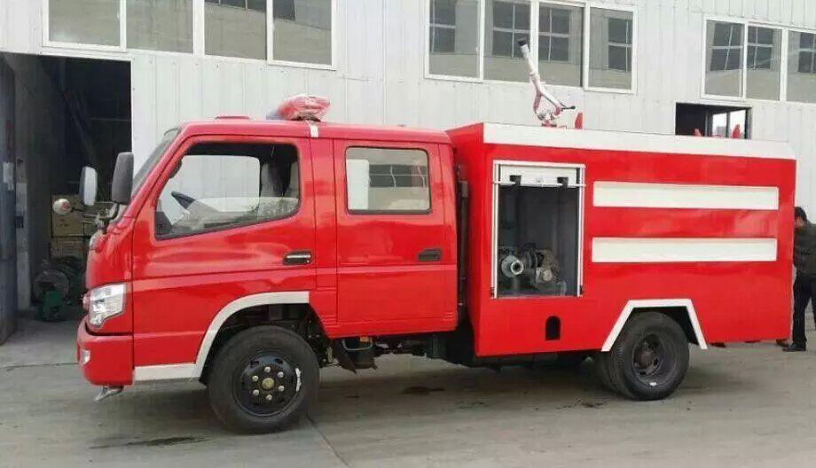 时风2吨水罐消防车图片