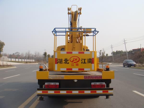 国五东风14米高空作业车图片