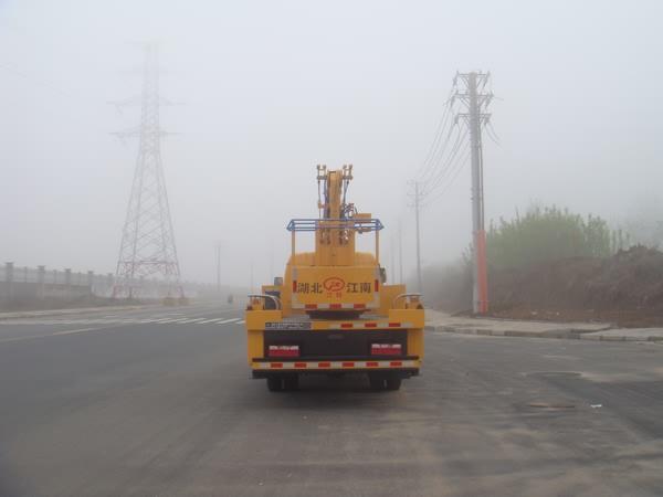 国五东风多利卡18米高空作业车图片