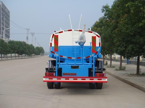 豪沃12吨洒水车图片