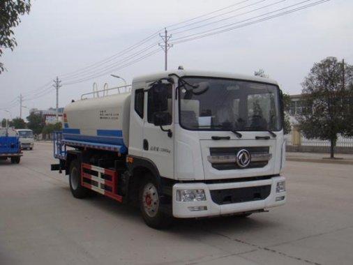 国五东风大多利卡12吨洒水车(国五)