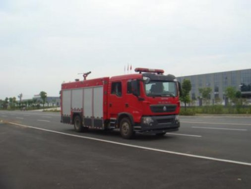 国五豪沃5吨泡沫消防车