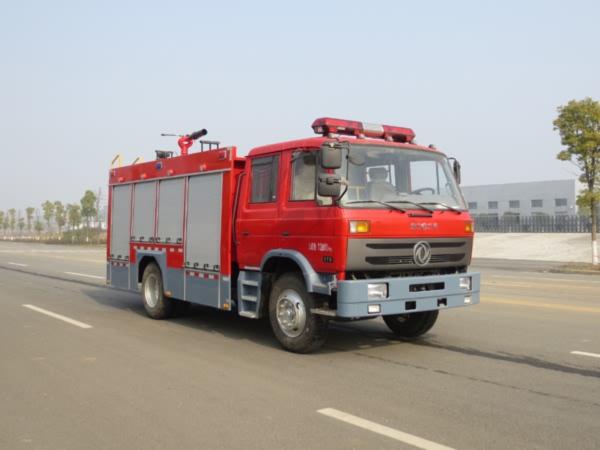 东风153泡沫消防车图片