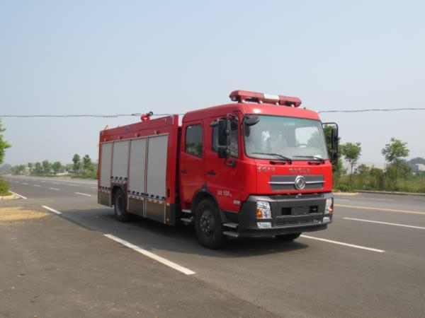东风天锦水罐消防车图片(45度角)