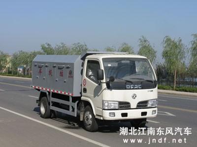 东风金霸密封式垃圾车