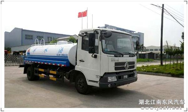 东风小天锦洒水车(8-10m³)