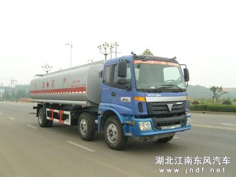 欧曼小三轴油罐车(容积:20-25m³)