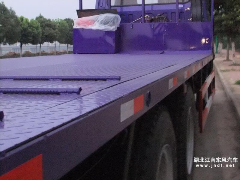 楚风后八轮平板运输车加宽部分