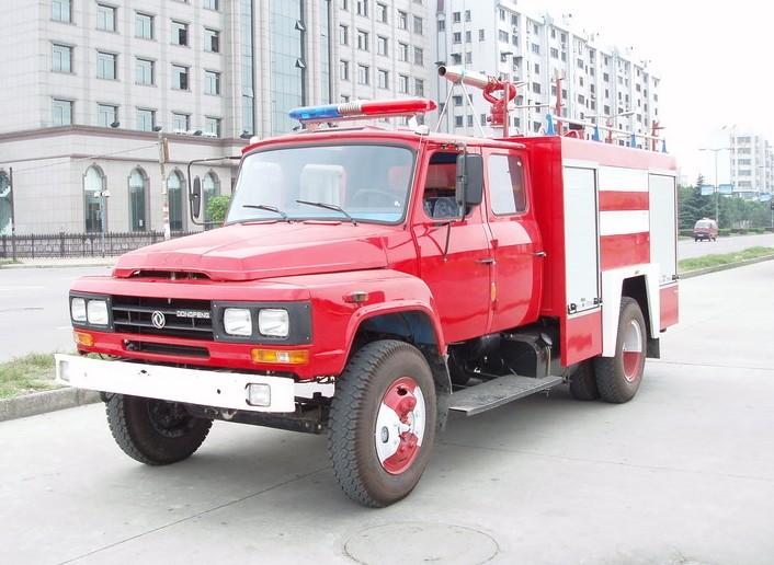 东风3.5吨水罐消防车