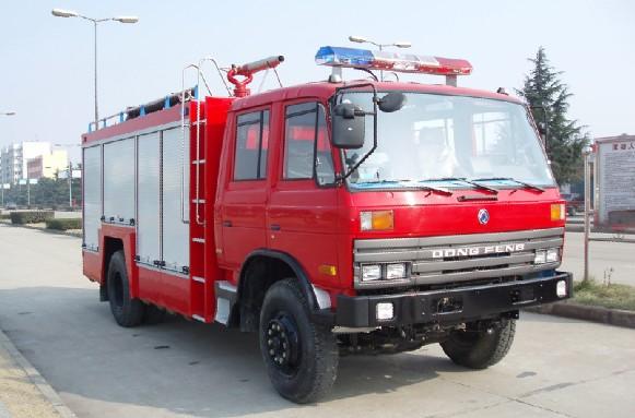 6吨水罐泡沫消防车